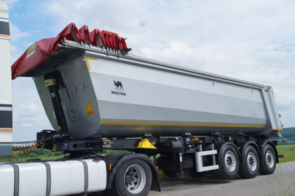 Wielton NW 30m3 Tipper Trailer with  Electric Roof